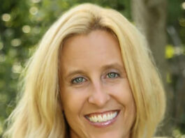 Headshot of Michelle Eld x 500