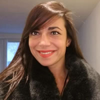 Headshot photo of Florina Moeller