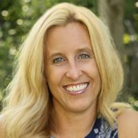 Headshot of Michelle Eld