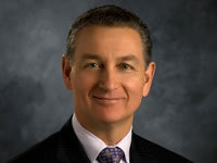 Headshot of Dan Roberts