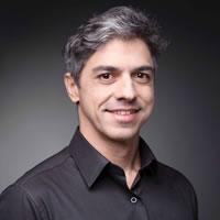 Headshot of Erick de Moura