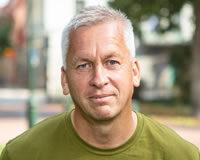 Headshot of Pärolof Johannesson