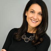 Headshot of Founder Sara Kyle