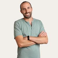 Headshot of Founder and CEO Yoni Tserruya