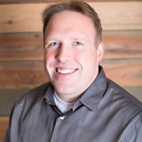 Headshot of Co-Founder and CEO Daniel Dura