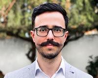Headshot of CEO and Senior CEO Consultant Zac Almeida