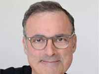 Headshot of Co-Founder and CEO Jerry Gross